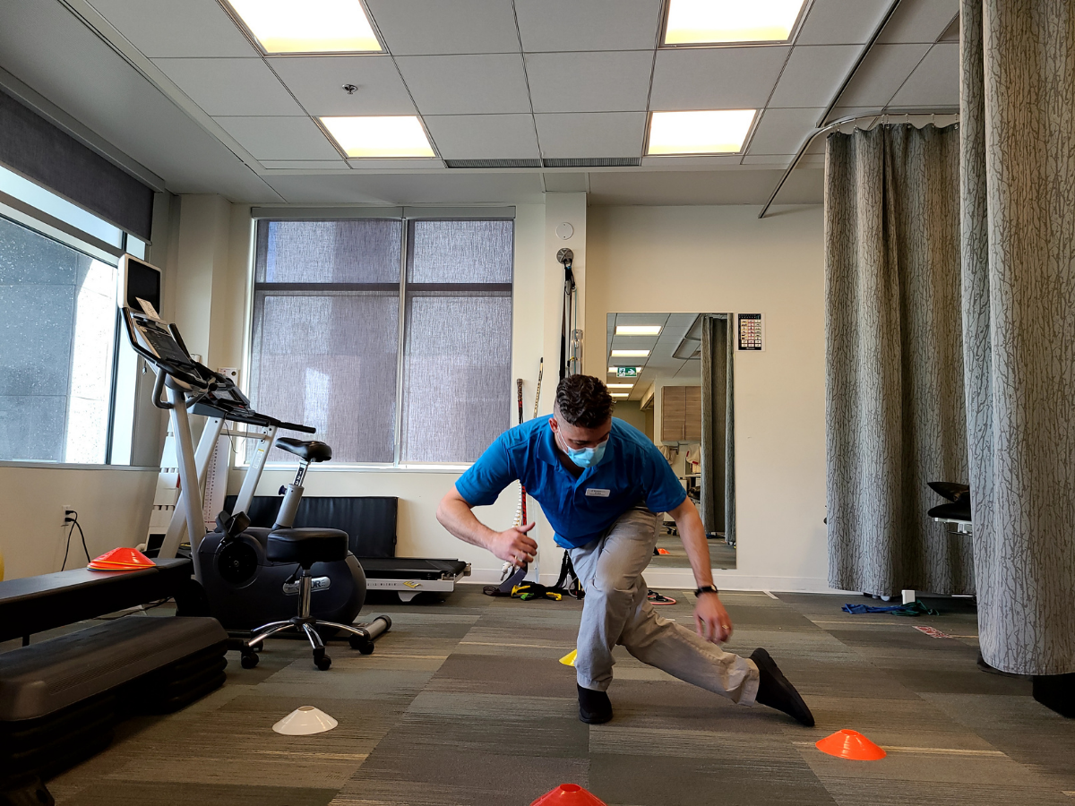 Balance exercises for knee stability